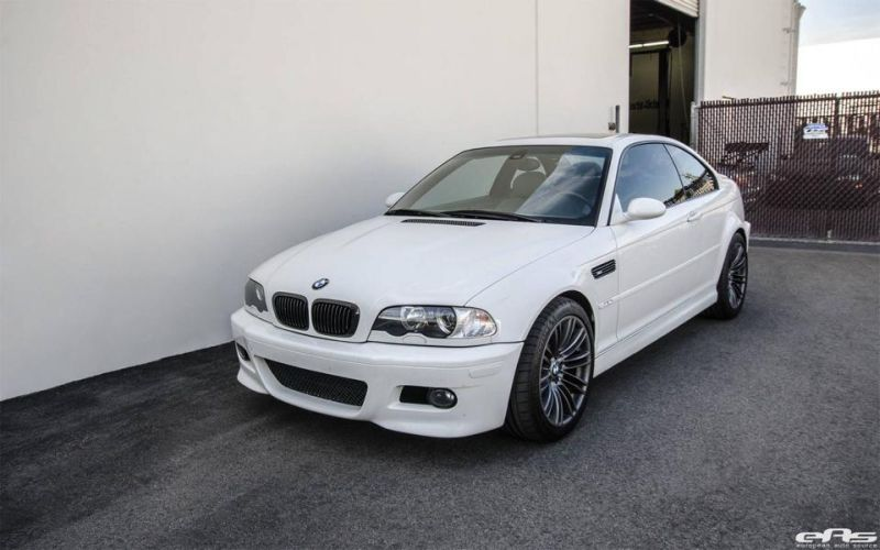 Alpinewei%C3%9Fer BMW M3 E46 mit CSL Parts Tuning European Auto Source 2 Dezent   Alpineweißer BMW M3 E46 von European Auto Source