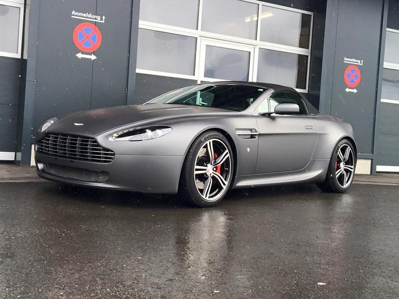 Aston Martin Vantage Charcoal Grau by BlackBox Richter Folierung 2 Aston Martin Vantage in Charcoal Grau by BlackBox Richter