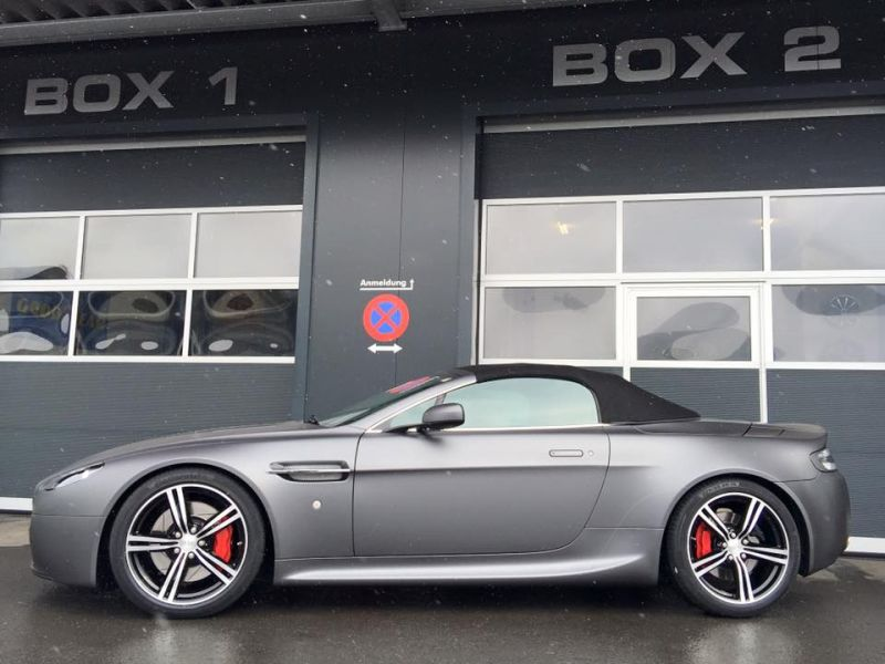 Aston Martin Vantage Charcoal Grau by BlackBox Richter Folierung 3 Aston Martin Vantage in Charcoal Grau by BlackBox Richter