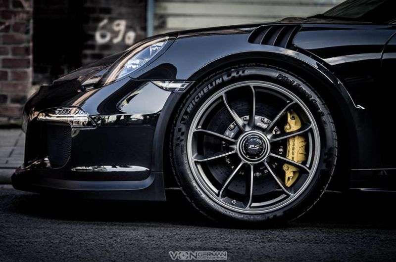 Edo Competition Porsche 911 (991) GT3 RS in Slate Grey 8