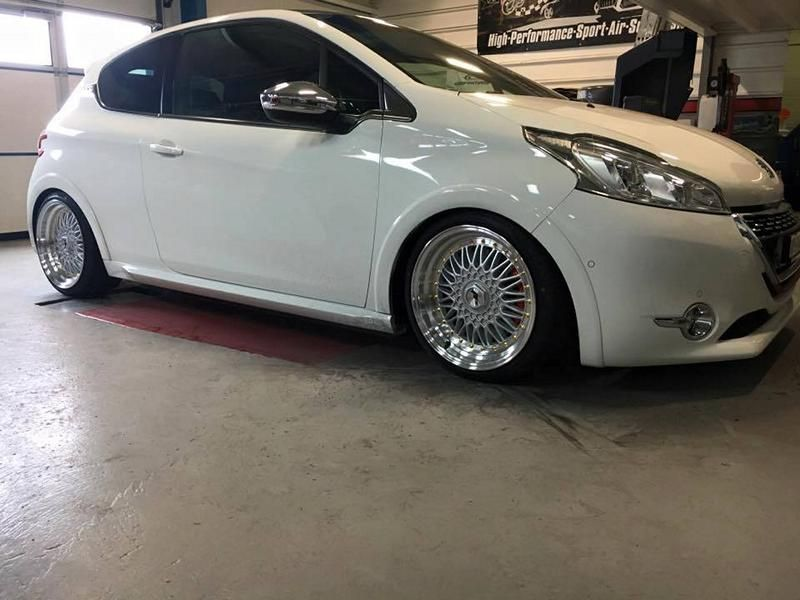 Japan Racing Wheels JR 9 Peugeot 208 GTi ST Suspension Tuning 1 Kampfzwerg   Peugeot 208 GTi auf JRS Wheels und ST Fahrwerk