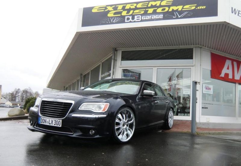 Lancia Thema 22 Zoll VENSA Alu%E2%80%99s Extreme Customs Germany 1 Lancia Thema auf 22 Zoll VENSA Alu's by Extreme Customs Germany