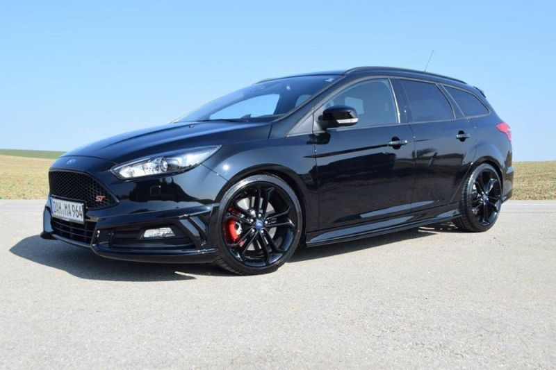 neue optik loder1899 ford focus st turnier mit bodykit. Black Bedroom Furniture Sets. Home Design Ideas