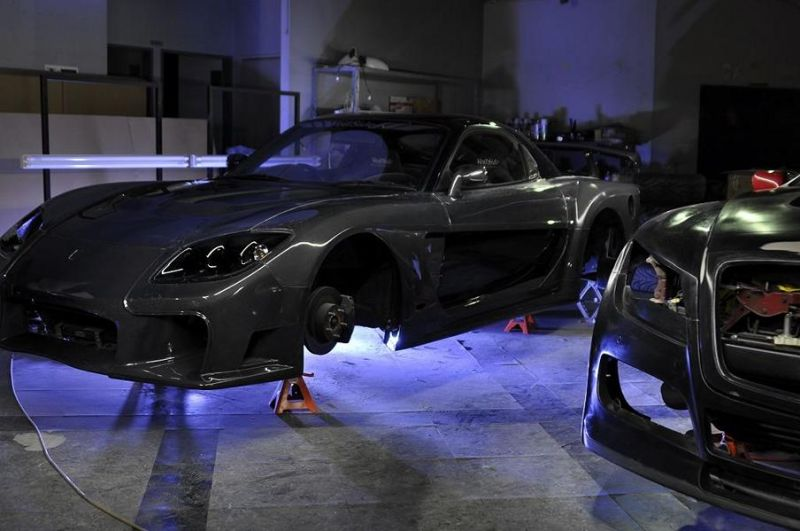 Mazda RX-7 Carbon Tuning by VeilSide 7