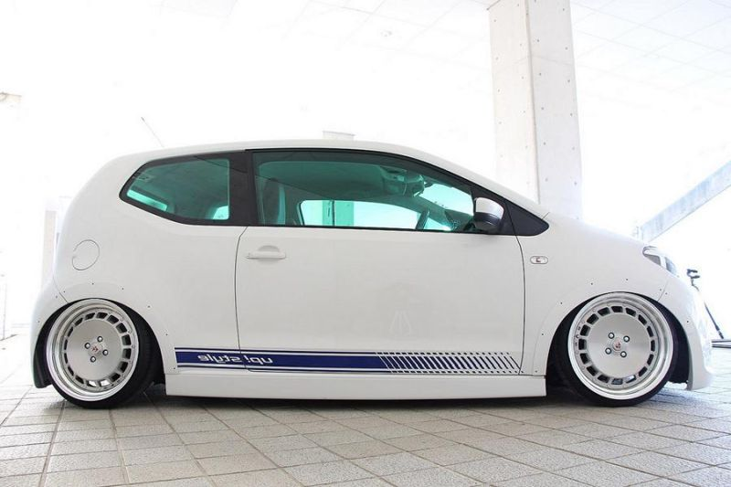 Tuning Voomeran Bodykit VW UP 1 Volles Programm   Voomeran tunt den kleinen VW UP