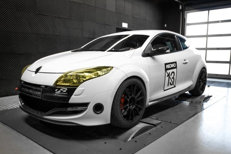 294PS & 422NM Mcchip-DKR Renault Megane RS 2.0 Turbo Chiptuning 1