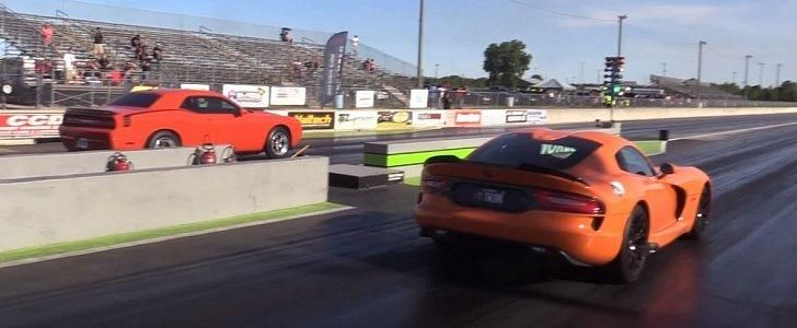 900PS Bi Turbo Dodge Challenger Drageraces Video: 900PS Bi Turbo Dodge Challenger Drag races