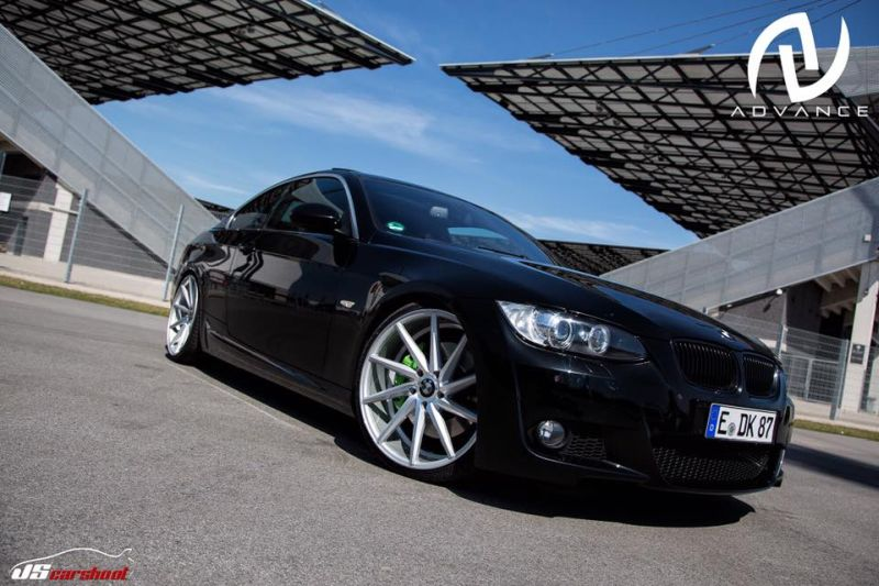 BMW E92 335i CoupC3A9 Advance AV20 Felgen 20 Zoll Tuning