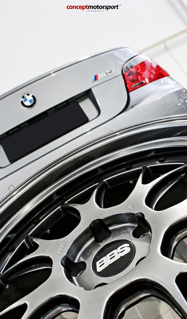 BMW M5 E60 V10 20 Zoll BBS LM-R Tuning Concept Motorsport 1