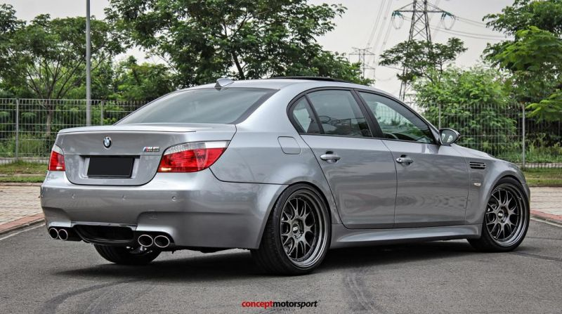 BMW M5 E60 V10 20 Zoll BBS LM-R Tuning Concept Motorsport 6
