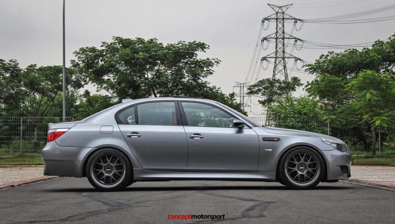 BMW M5 E60 V10 20 Zoll BBS LM-R Tuning Concept Motorsport 7