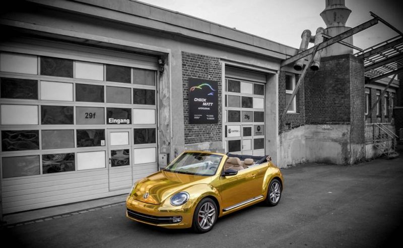 Check Matt Dortmund VW Beetle Cabrio Gold Chrom Folierung Tuning 1 Sehr cool   Check Matt Dortmund VW Beetle Cabrio in Gold