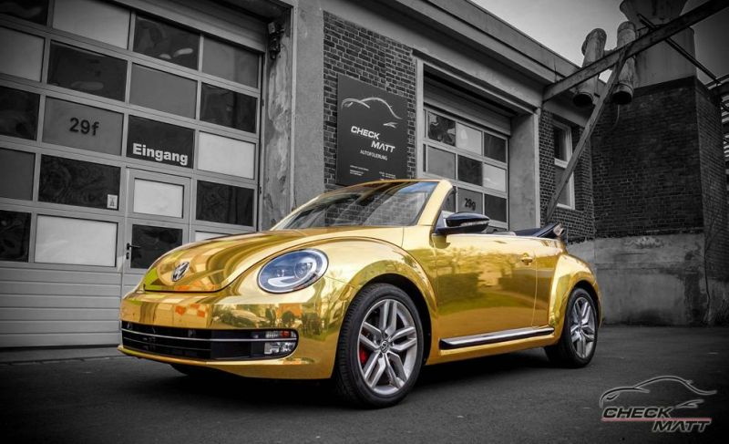Check Matt Dortmund VW Beetle Cabrio Gold Chrom Folierung Tuning 2 Sehr cool   Check Matt Dortmund VW Beetle Cabrio in Gold