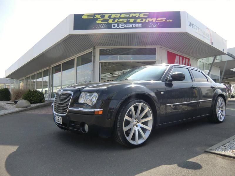 Chrysler 300C 22 Zoll Factory Reproduktion Extreme Customs Tuning 3