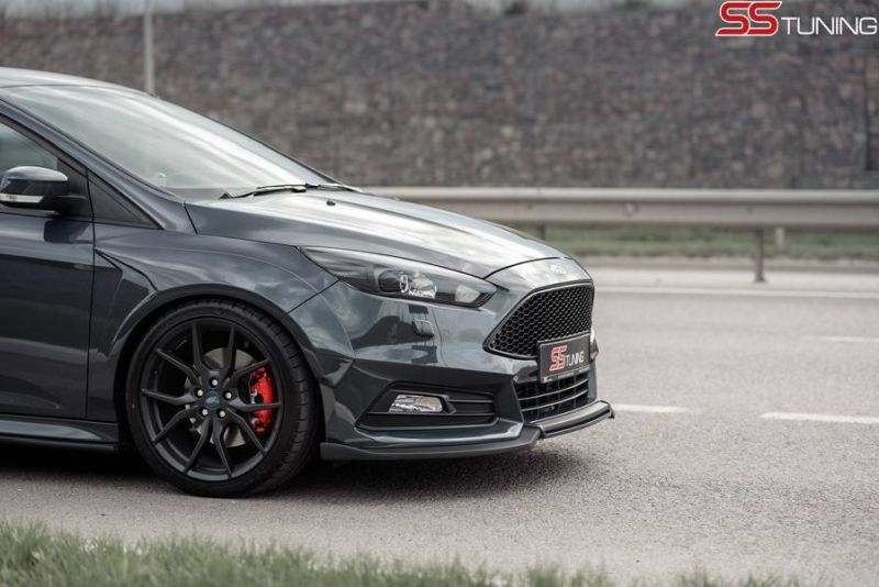 ford focus st sedan ss tuning body kit milltek 9 magazin. Black Bedroom Furniture Sets. Home Design Ideas