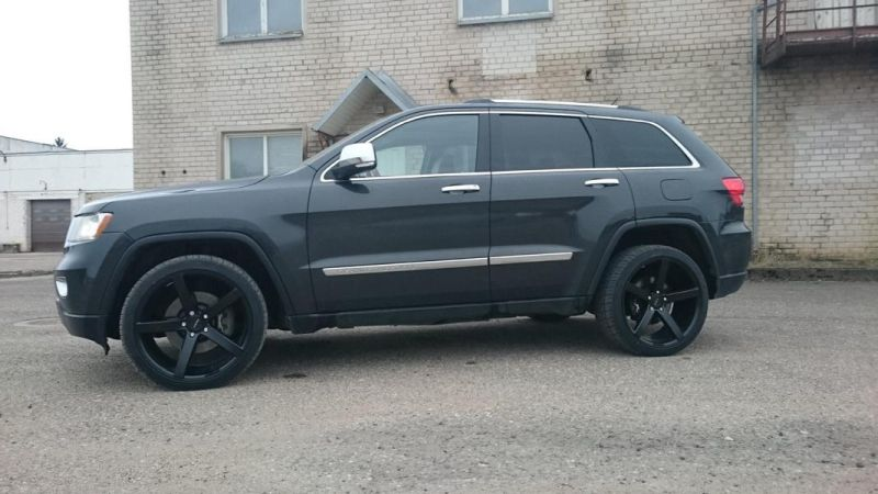 Jeep Grand Cherokee Ruff Racing R1 22 Zoll Tuning Brandwheels 1