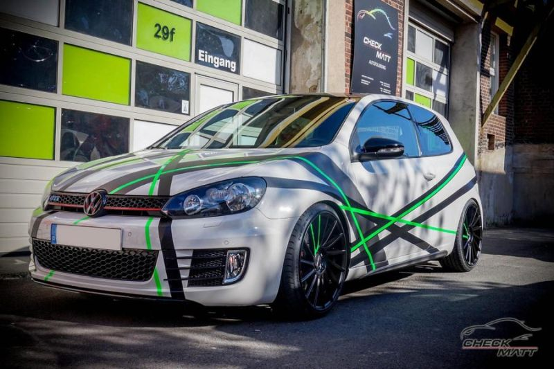 Stripes Folierung VW Golf MK6 GTi Check Matt Dortmund Tuning 1 Stripes Folierung am VW Golf 6 by Check Matt Dortmund