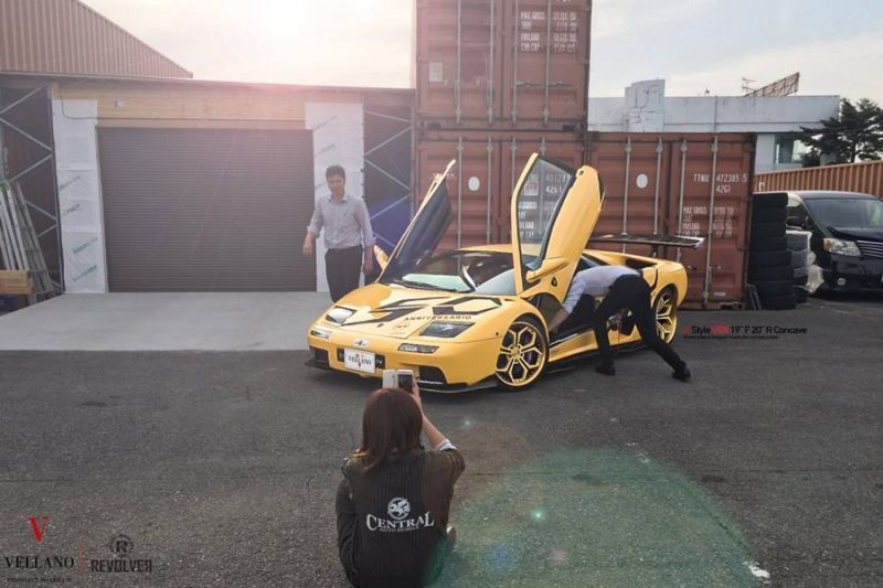 Tuning VCX Vellano Forged Wheels Lamborghini Diablo Tuning 3 VCX Vellano Forged Wheels am seltenen Lamborghini Diablo
