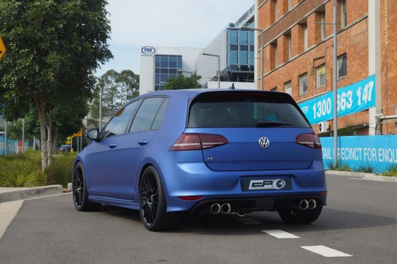VW Mk7 Golf R City Performance Centre Mattblau Folierung Tuning 1 Top   VW Mk7 Golf R vom City Performance Centre in Mattblau