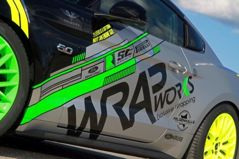WRAPworks Folierung Ford Mustang GT Fastback Tuning Roush Performance 10