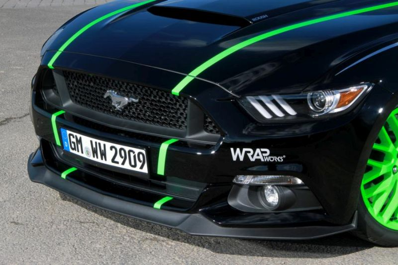 WRAPworks Folierung Ford Mustang GT Fastback Tuning Roush Performance 5