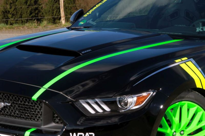 WRAPworks Folierung Ford Mustang GT Fastback Tuning Roush Performance 6