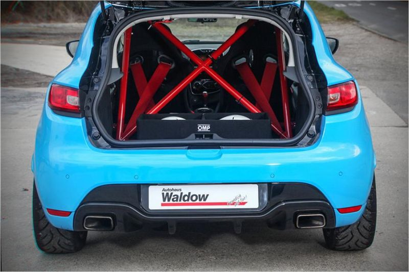 waldow performans renault clio rs smurf mavi ayar 7 magazin. Black Bedroom Furniture Sets. Home Design Ideas