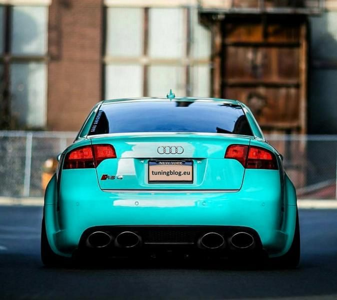 Audi RS4 B8 Limousine in Tiffanyblue by tuningblog.eu  Audi RS4 B7 Limousine in Tiffanyblue by tuningblog.eu