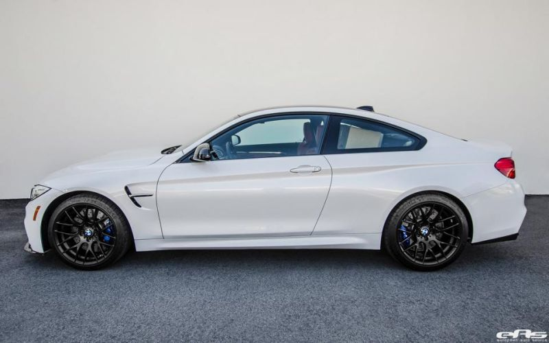 BMW M4 F82 Coupe EAS Akrapovic Vorsteiner Tuning 1