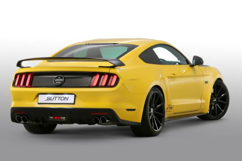 Clive Sutton Ford Mustang GT CS700 700PS Carbon Bodykit Tuning 4 Clive Sutton Ford Mustang GT CS700 mit 700PS & Carbon Bodykit