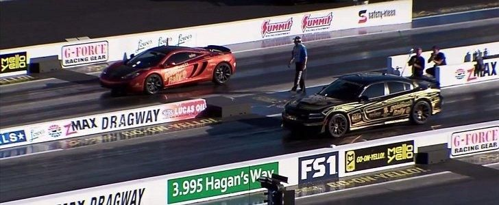 Dodge Charger Hellcat vs. McLaren MP4 12C Video: Dragrace   Dodge Charger Hellcat vs. McLaren MP4 12C