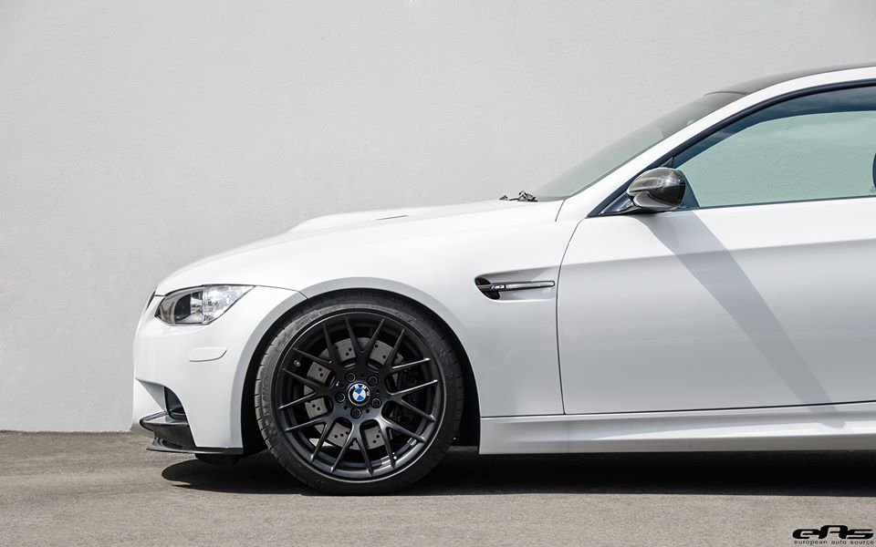frozen-white-bmw-e92-m3-eas-tuning-21