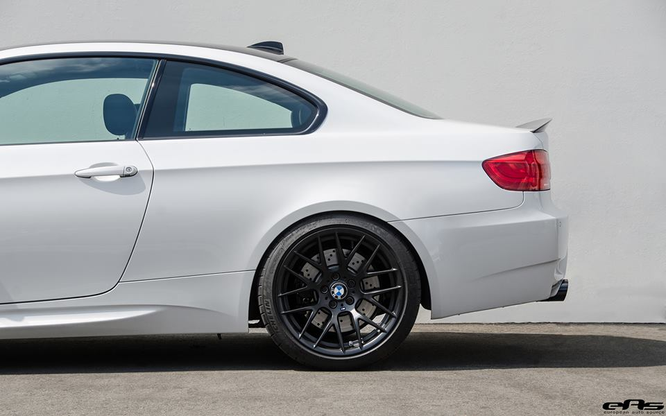 frozen-white-bmw-e92-m3-eas-tuning-22