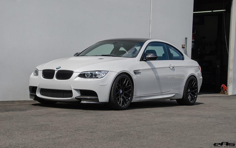 frozen-white-bmw-e92-m3-eas-tuning-27