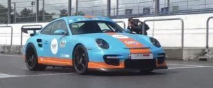 Gulf foiling and 850PS in the Porsche 997 GT2 from 9FF 1 e1463629504779 310x128 Porsche 911 GT3 (997) as 9ff Porsche GTurbo R with 1.200 PS!