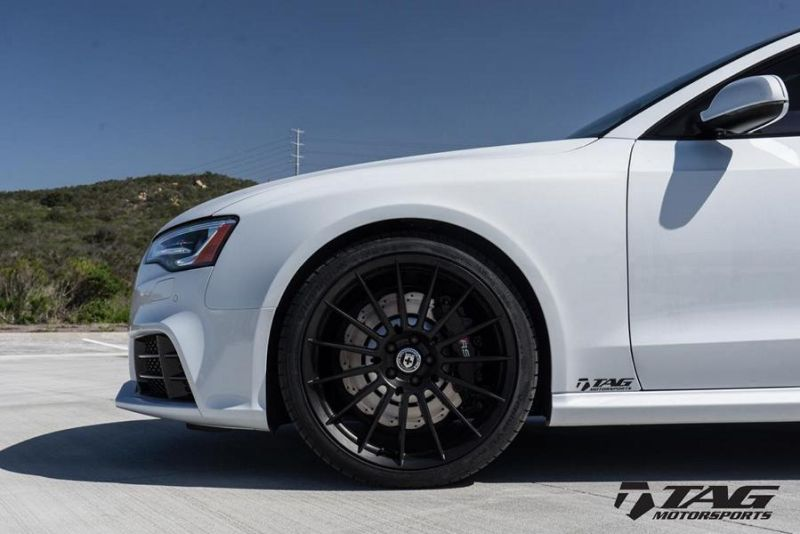 HRE FF15 Alufelgen wei%C3%9F Audi RS5 Coupe Tuning TAG Motorsports 2 HRE FF15 Alufelgen in Schwarz am weißen Audi RS5 Coupe