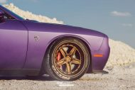 Lila Purple Dodge Challenger Hellcat ADV.1 Wheels wheelsboutique tuning 14 190x127 Video: Lila Dodge Challenger Hellcat auf ADV.1 Wheels Alu's