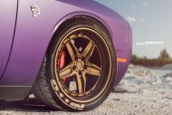 Lila Purple Dodge Challenger Hellcat ADV.1 Wheels wheelsboutique tuning 15 190x127 Video: Lila Dodge Challenger Hellcat auf ADV.1 Wheels Alu's