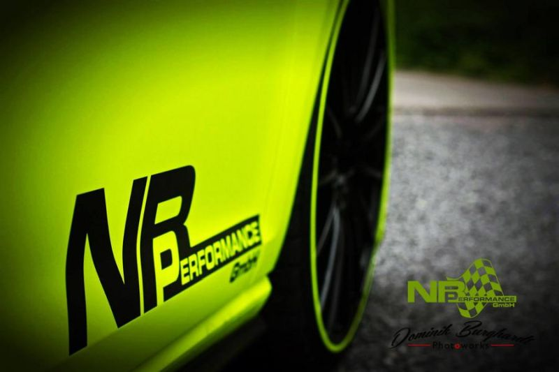 NB Performance Golf VII GTI Neon Optik 20 Z%C3%B6ller Tuning 1 NB Performance   Golf VII GTI mit Neon Optik & 20 Zöllern