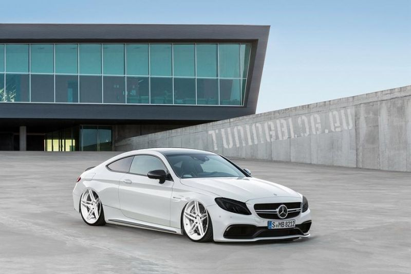 Slammed Mercedes C205 C Coupe tuning ADV.1 Wheels tuningblog 1 Slammed Mercedes Benz C205 C Coupe auf ADV.1 Wheels