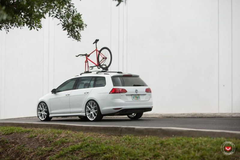 Vossen Wheels VFS 6 Alu's VW Golf MK7 Variant Tuning 1 Vossen Wheels VFS 6 Alu's am VW Golf MK7 Variant in Weiß