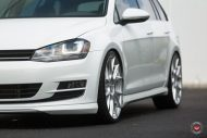 Vossen Wheels VFS 6 Alu's VW Golf MK7 Variant Tuning 17 190x127 Vossen Wheels VFS 6 Alu's am VW Golf MK7 Variant in Weiß