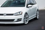 Vossen Wheels VFS 6 Alu's VW Golf MK7 Variant Tuning 22 190x127 Vossen Wheels VFS 6 Alu's am VW Golf MK7 Variant in Weiß