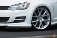Vossen Wheels VFS 6 Alu's VW Golf MK7 Variant Tuning 24 190x127 Vossen Wheels VFS 6 Alu's am VW Golf MK7 Variant in Weiß