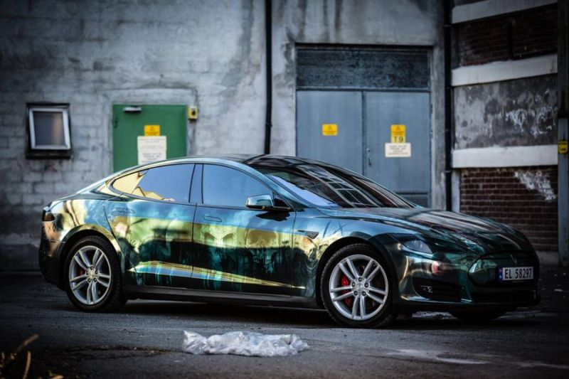 Zombie-Folierung Tesla Model S by Scandinano Tuning (10)