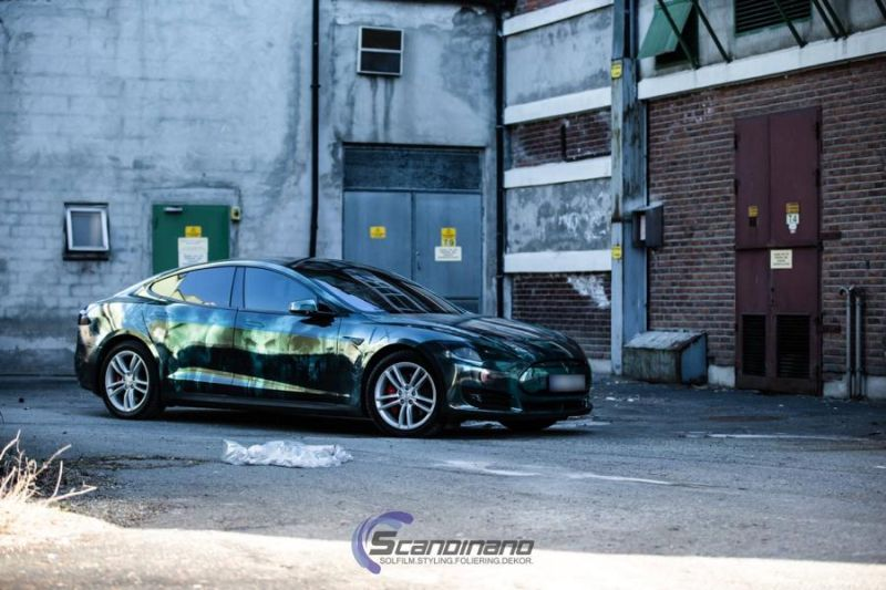 Zombie-Folierung Tesla Model S by Scandinano Tuning (7)