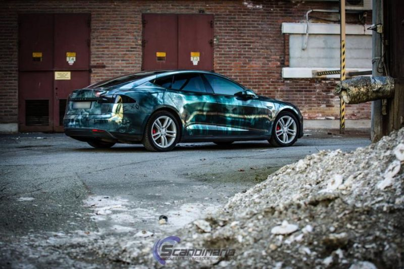 Zombie-Folierung Tesla Model S by Scandinano Tuning (9)