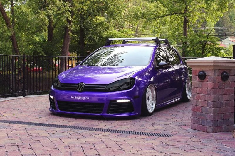 slammed VW Golf 7 MK7 R Purple Black tuningblog.eu  Tiefer VW Golf 7 MK7 R in Lila (Purple) von tuningblog.eu