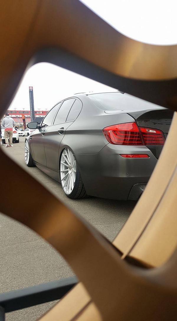 Accuair Airride Fahrwerk BMW M5 F10 Tuning Boden AutoHaus 4 Brutal   Airride Fahrwerk im BMW M5 F10 von Boden AutoHaus