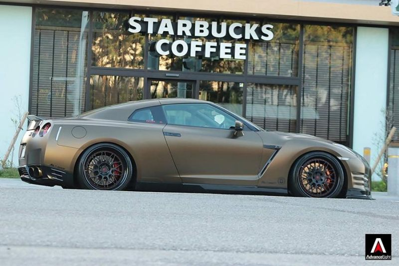 Advance Eight Nissan GT-R HRE Classic 300 Tuning (10)
